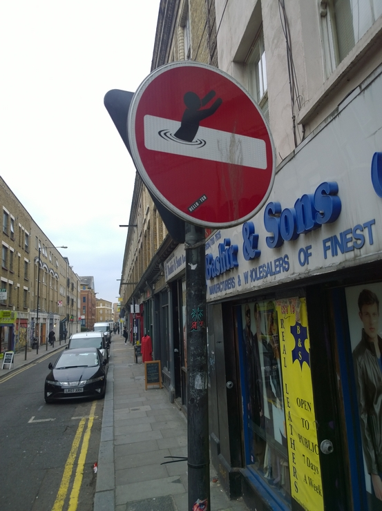 Clet Abraham, Brick Lane, Shoreditch,Traffic sign, sticker, intervention, subversion, humour, Street Art Tour, street artist,